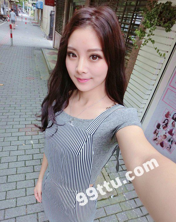 KK21 380张 成熟性感美女网红自拍生活照-6
