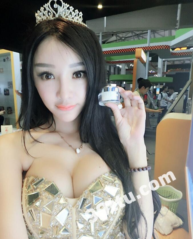 KK73_433张图+9个视频 大胸美女同一个人素材生活照-14