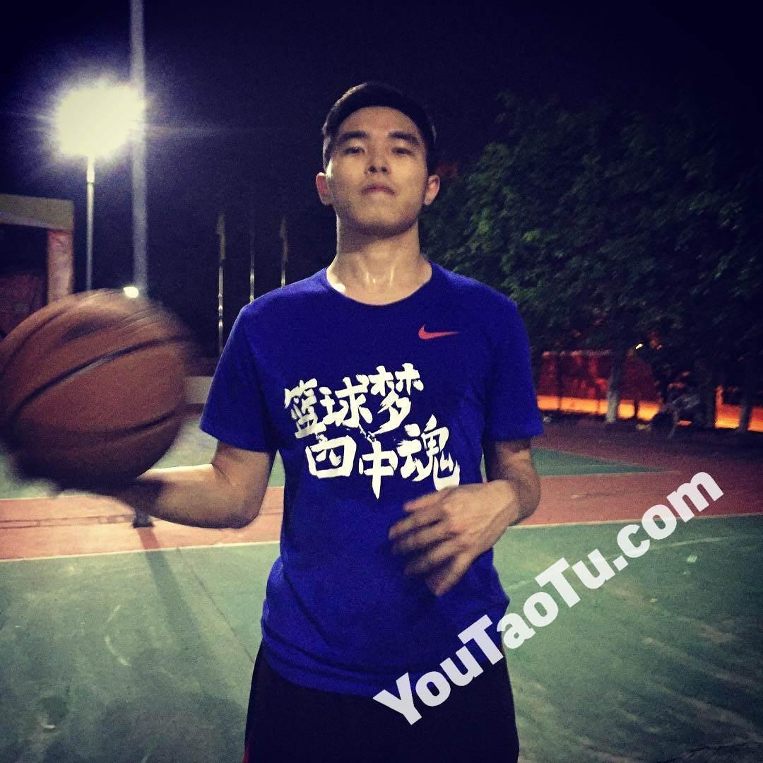 M09男图210照片+3视频(年轻帅哥学生男神爱好篮球好身材真实男士青年)-11