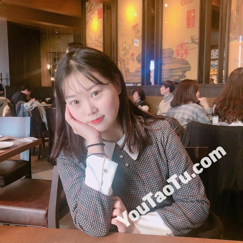 W27_女套图466照片(可爱小美女年轻活泼素颜青春清纯自拍照)-10