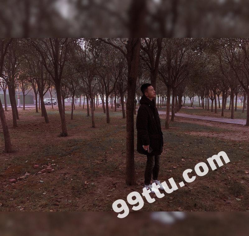 M36_男套图415照片(小年轻爱旅游小青年同一个人形象照素材朋友圈男神图片组)-13