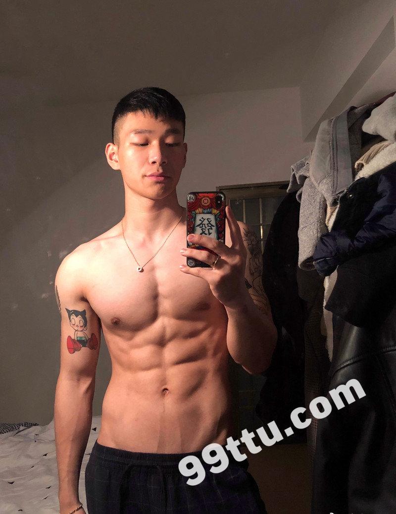 M50_男套图249照片(大胸肌好身材帅哥自拍照同一个人青年健身达人朋友圈微信素材)-2
