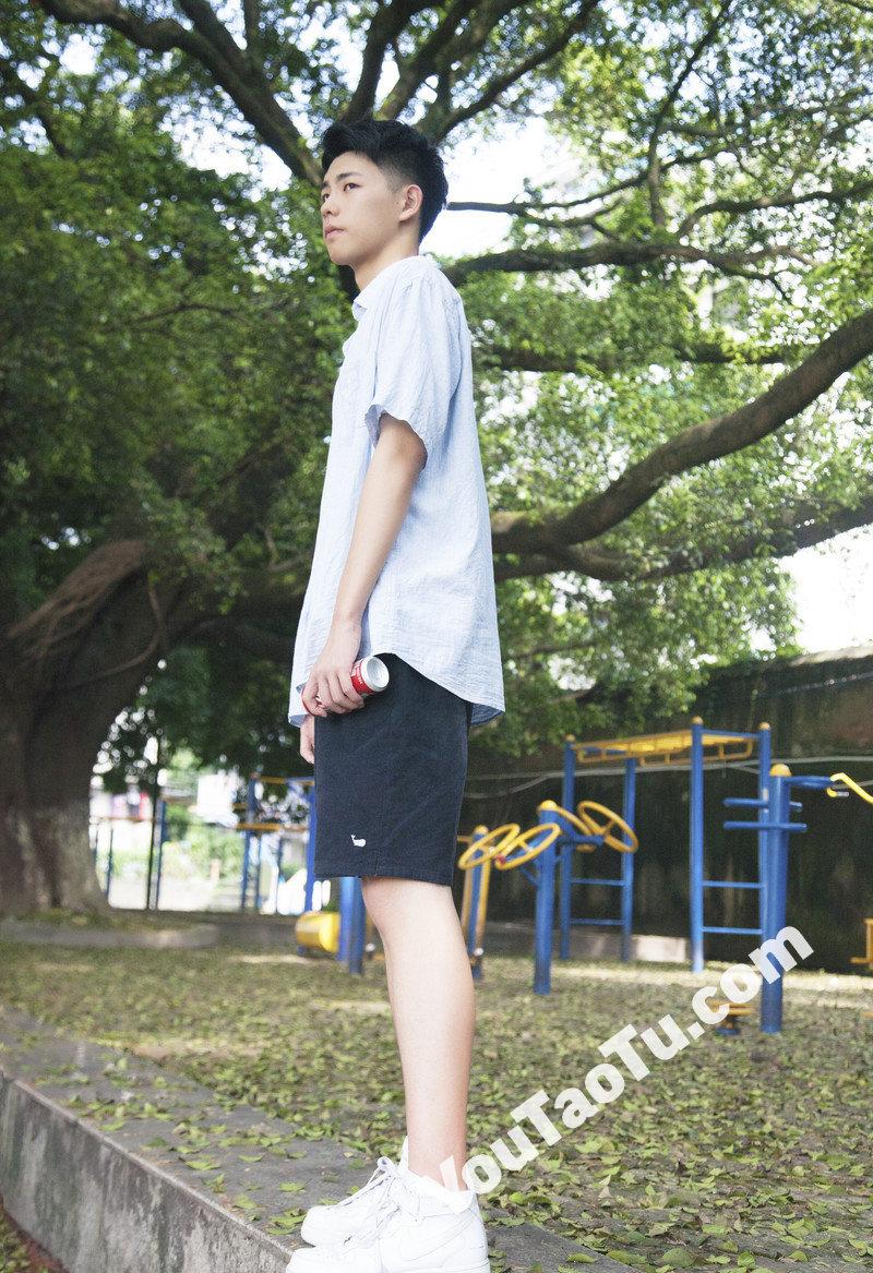 M63_男套图126照片(普通文艺小青年自拍照年轻男生同人图片微信微商朋友圈素材)-12