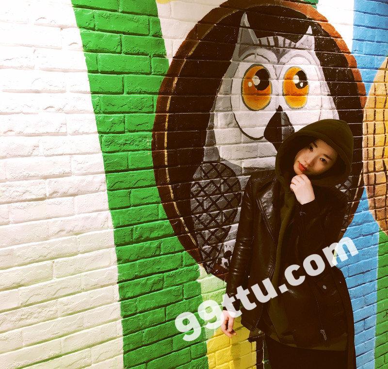 W31_女套图1174照片+2视频(长腿知性旅游时尚多变造型好身材苗条白富美—美女微信朋友圈全套生活照)-9