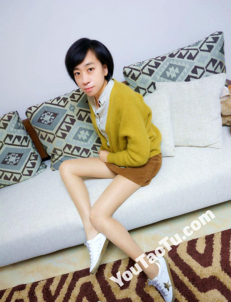 W32_女套图555照片+1视频(多腿照时尚性感诱惑可爱美腿丝袜—美女微信朋友圈整套一个人生活照)-2