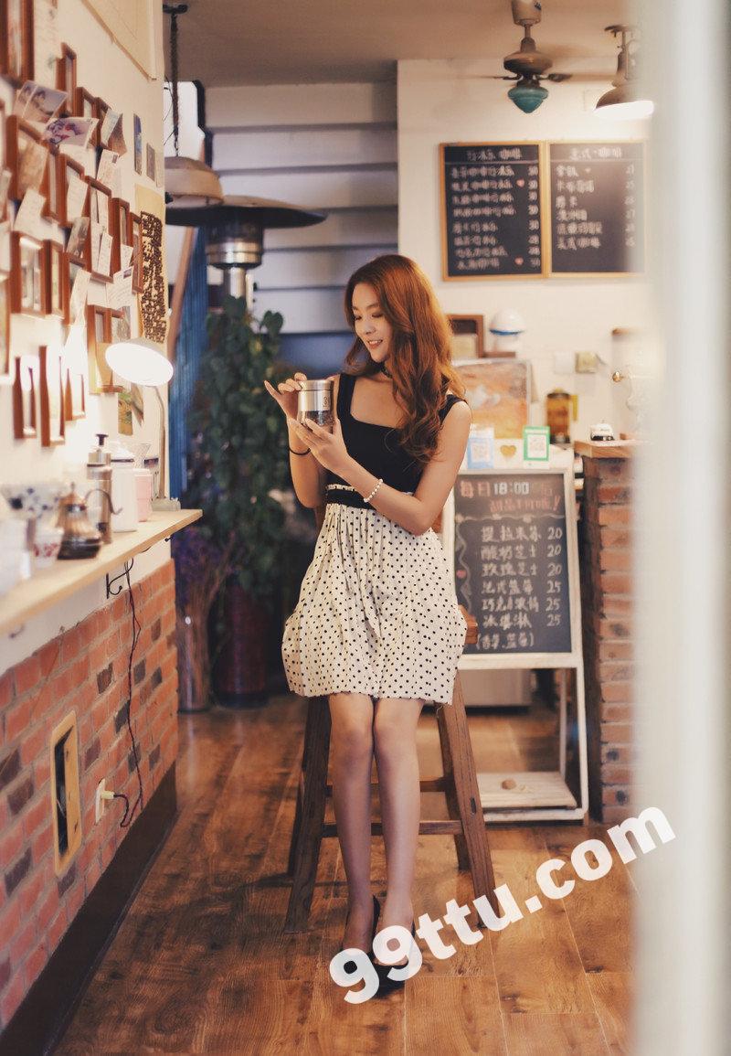 W42_女套图1538照片+153视频(多图多视频推荐时尚靓女靓丽多才多艺好衣品清纯青春网红——美女朋友圈生活-15