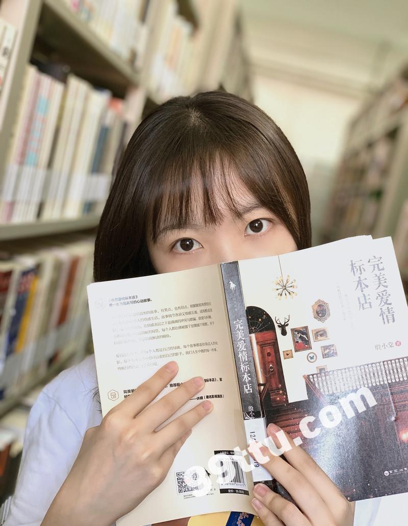 W60_女套图518照片(大学生 爱旅游 青春活力时尚美少女)-11