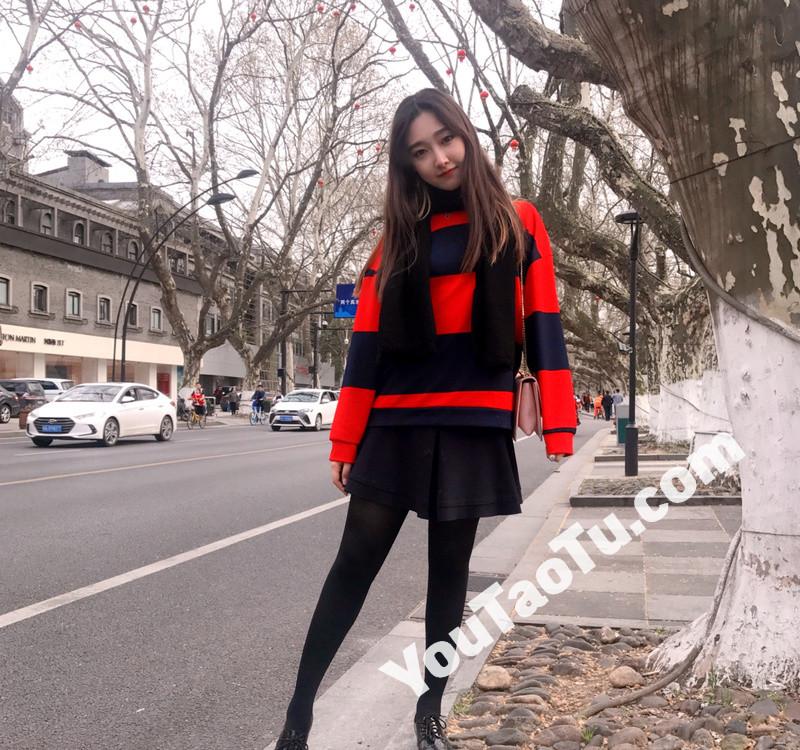 W68_女套图500照片+12视频(长腿青春美女 优秀学生女神主持人)-15