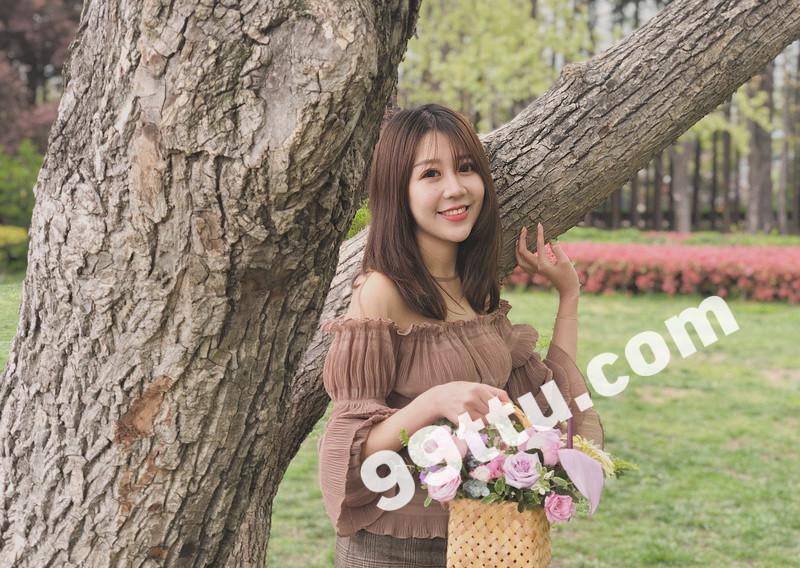 W70_女套图396照片+12视频(高颜值邻家美女 爱旅游大眼睛)-3