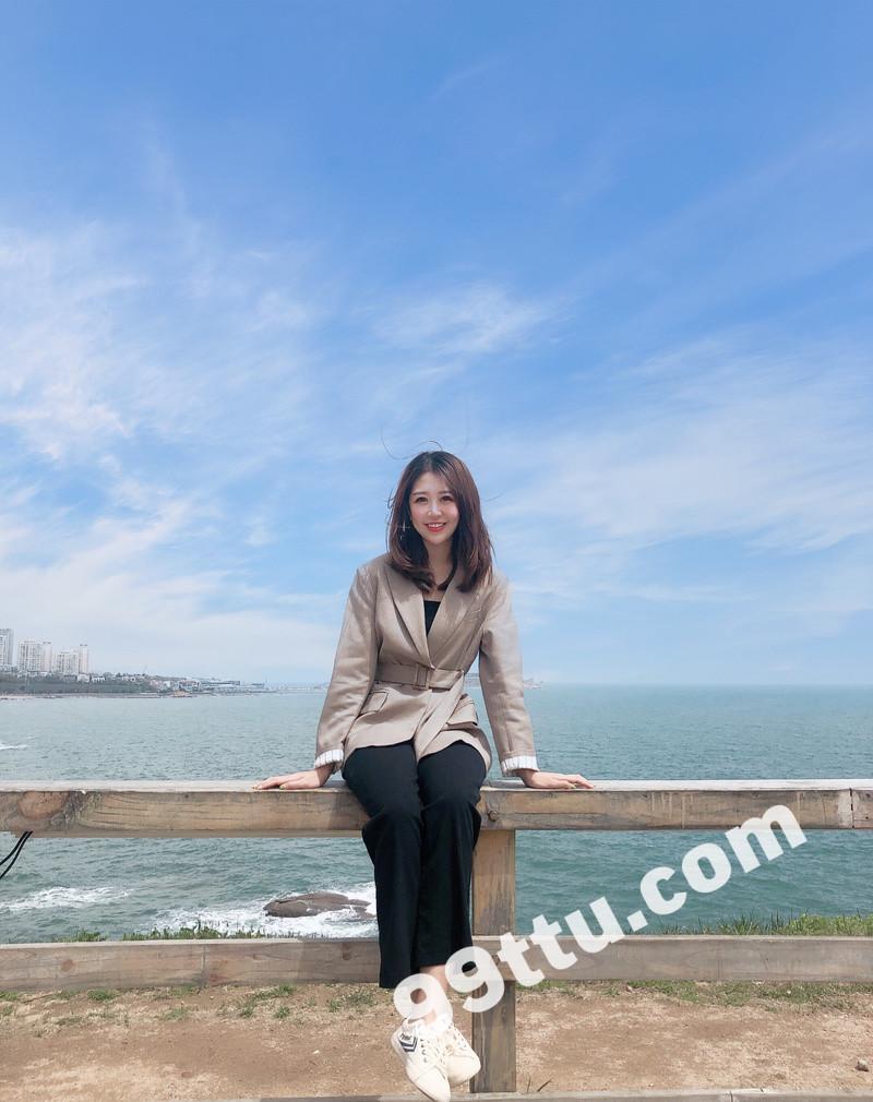 W70_女套图396照片+12视频(高颜值邻家美女 爱旅游大眼睛)-9