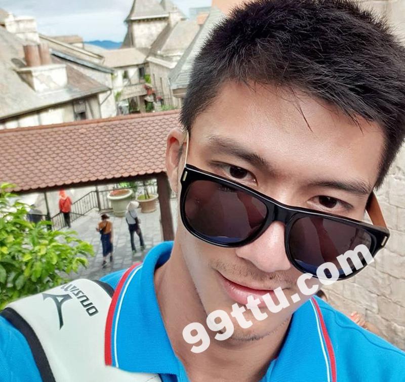 M84_男套图274照片(年轻帅哥好身材有腹肌男神自拍照 时尚青年男士成熟帅气模特照片)-1