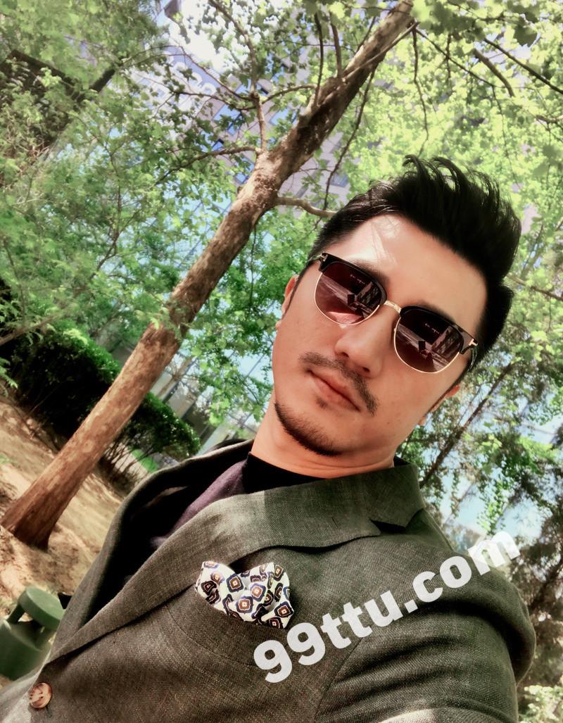 M94_男套图1269照片+6视频(C位男神美妆达人 英俊帅气三十岁男士自拍照 时尚潮流真实男人生活照片30岁)-1
