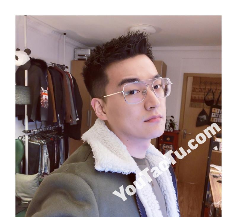 M95_男套图434照片+10视频(戴眼镜年轻小帅哥 普通人日常生活照一整套 真实男神网恋照片组)-13
