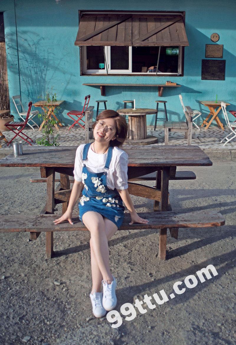 W87_女套图164照片(戴眼镜利落短发女生自拍照同人图片合集照片组 微信微商养号形象照带视频)-17