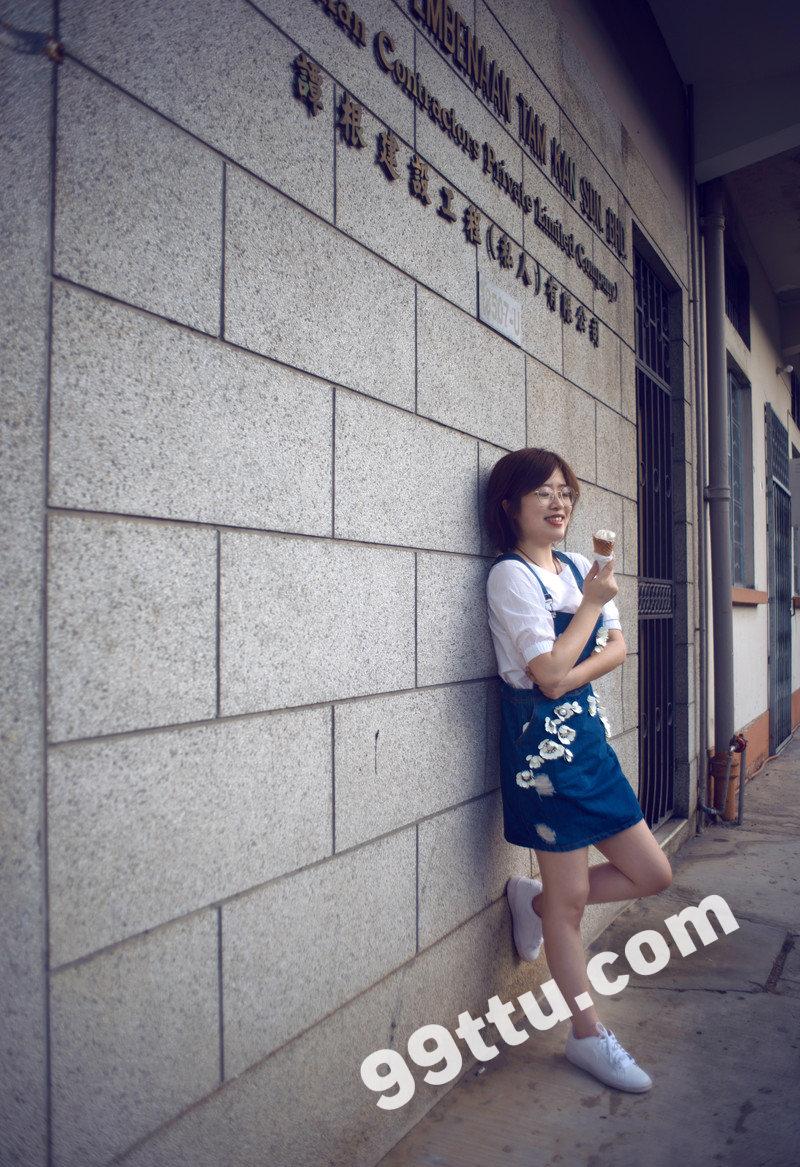 W87_女套图164照片(戴眼镜利落短发女生自拍照同人图片合集照片组 微信微商养号形象照带视频)-18