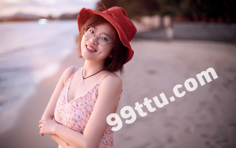 W87_女套图164照片(戴眼镜利落短发女生自拍照同人图片合集照片组 微信微商养号形象照带视频)-5