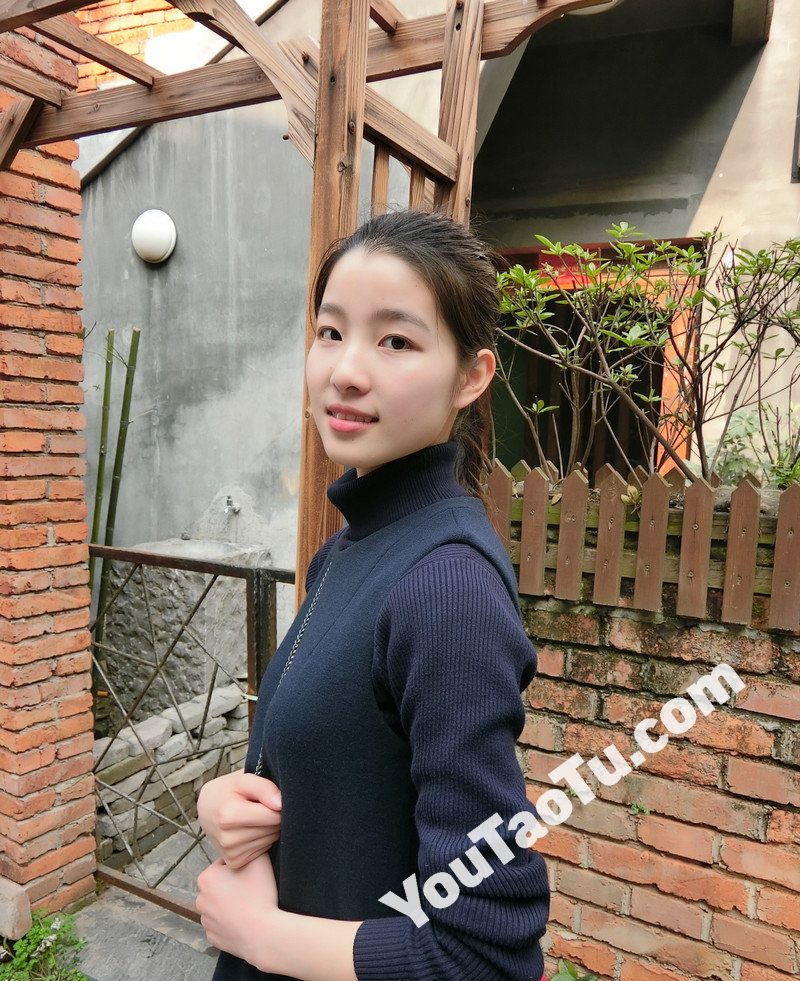 W92_女套图294照片(护士小美女小姐姐素材图片合集 现实普通女生自拍照片合集包装朋友圈)-14