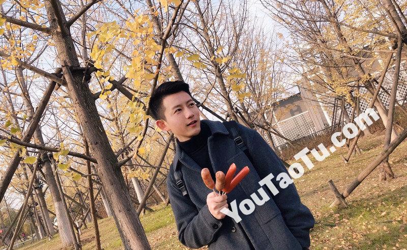 M114_男套图332照片+56视频(真实邻家男孩帅气男神生活照自拍照 同一个人真实素材套图)-1