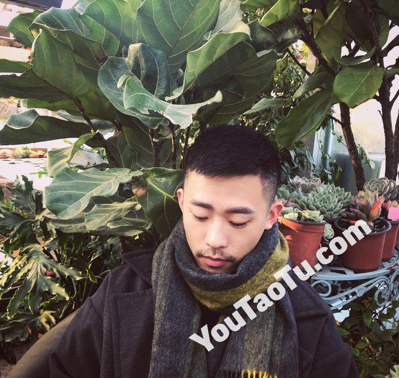 M125_男套图376照片+4视频(穿耳钉的青年男士帅照 年轻普通人男生同一个人真实生活照)-7