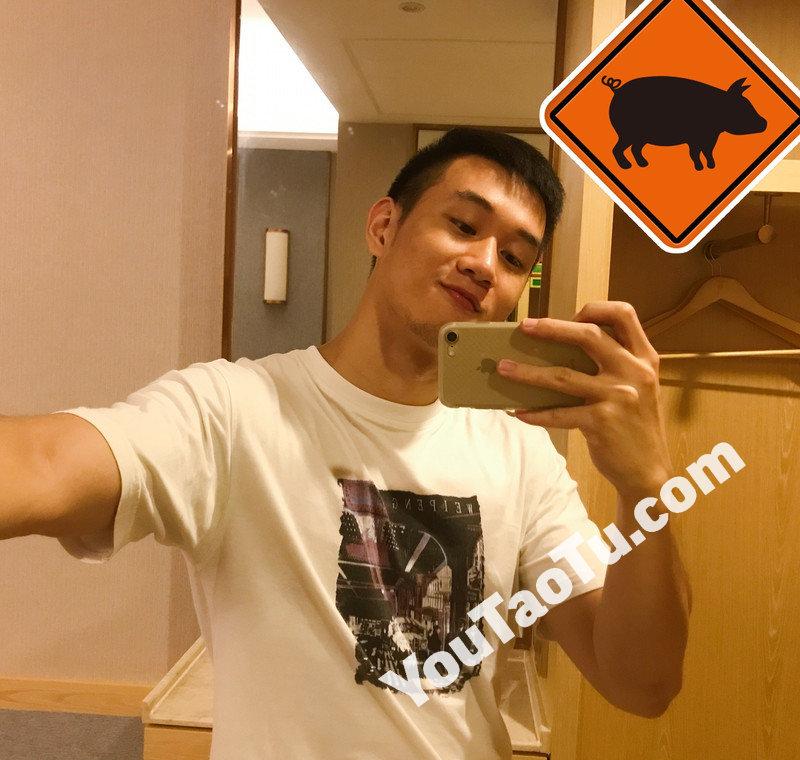 M161_男套图437照片+18视频(爱自拍爱健身的小年轻男士真实生活照、帅气好身材小男生套图片)-2